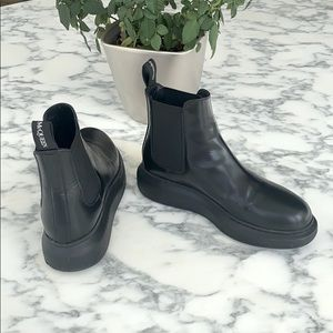 Alexander McQueen Black Hybrid Chelsea Boots 37